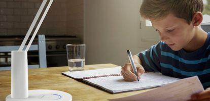 Jak odpowiednio oświetlić biurko ucznia, dziecka oraz biurko do pracy? Sprawdź porady eksperta na GetHome.pl