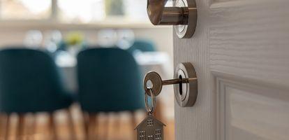 O rękojmi mówi się głównie w kontekście nowych mieszkań. Warto wiedzieć, że osoby kupujące lokum z drugiej ręki także podlegają ustawowej ochronie.