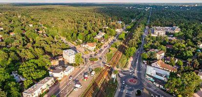 Mieszkanie w Wawrze to nie tylko duża odległość do centrum! Zapoznaj się z naszym przewodnikiem po tej warszawskiej dzielnicy.