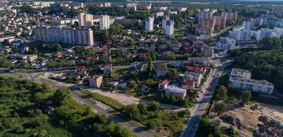 Jak się mieszka w gdyńskiej dzielnicy Pogórze? Co dzielnica ma do zaoferowania turystom i mieszkańcom? Sprawdź na GetHome.pl.