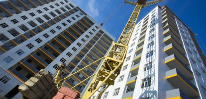 Największym rynkiem mieszkaniowym w Polsce jest Warszawa. Jakie miasto zajmuje drugie miejsce na podium? Dowiedz się z GetHome.