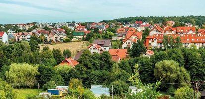 Jak się mieszka w gdyńskiej dzielnicy Wielki Kack? Sprawdź kompleksowy poradnik na GetHome.pl