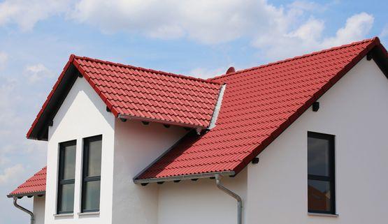Dom z rynku wtórnego – jak ocenić kondycję dachu?
