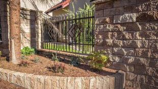 Ogrodzenie domu - rodzaje i montaż