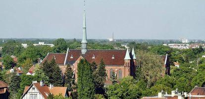 Co musisz wiedzieć o wrocławskiej dzielnicy Psie Pole? Sprawdź kompleksowy przewodnik na GetHome.pl.